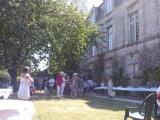 L'arrivée des invités dans les jardins